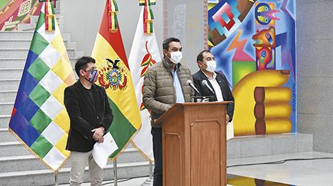 Gobierno-espera-reunion-de-Jeanine-Ánez-y-Luis-Arce