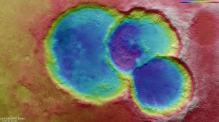 ¡Tres-crateres-en-uno!:-Publican-foto-de-un-paisaje-marciano-nunca-visto