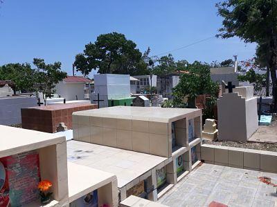Todos-Santos:-Cementerio-de-Trinidad-es-visitado-con-restricciones-sanitarias