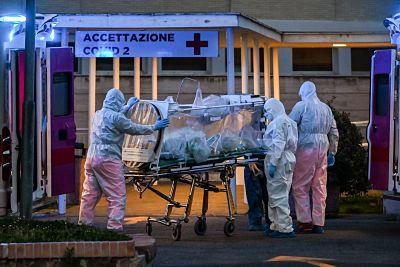 Italia-registro-casi-30.000-contagios-en-las-ultimas-24-horas