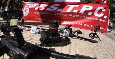 Condenan-agresiones-a-trabajadores-de-la-prensa-durante-los-bloqueos-en-Cochabamba