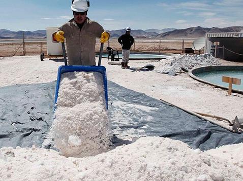 Industria-alemana-cifra-esperanzas-en-litio-boliviano