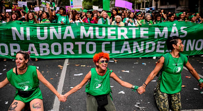 Gobierno-argentino-propone-permitir-el-aborto-hasta-la-semana-14-de-gestacion