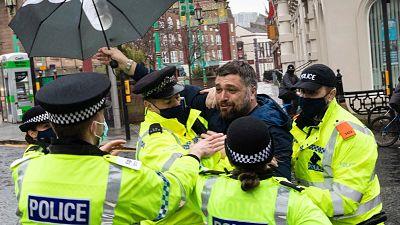 Reino-Unido:-decenas-de-detenidos-en-varias-marchas-contra-las-restricciones