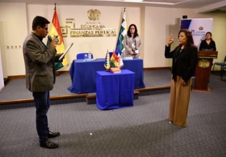 Ana-Maria-Morales-asume-la-Direccion-de-la-UIF