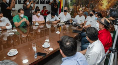 Politicos-crucenos-contrarios-al-MAS-firman-Inicio-de-Acuerdo-de-cara-a-las-subnacionales