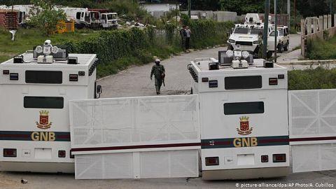 Liberan-a-40-militares-venezolanos,-entre-ellos-presos-politicos