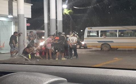Arrestan-a-11-personas-que-robaban-celulares-a-pasajeros-de-micros
