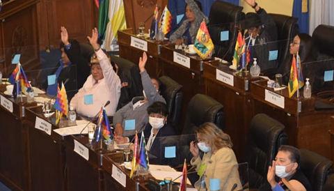 Senado-aprueba-con-modificaciones-la-Ley-de-Impuesto-a-las-Grandes-Fortunas-y-la-devuelve-a-Diputados