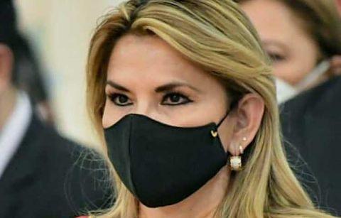 Anez-dice-que-el-gobierno-perdio-el-control-de-la-pandemia
