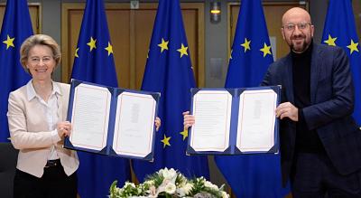 La-UE-firma-el-acuerdo-comercial-con-Reino-Unido