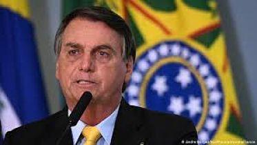 Bolsonaro-anuncia-eliminacion-del-impuesto-para-la-importacion-de-pistolas-y-revolveres