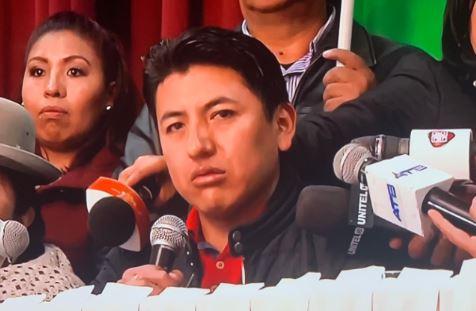 Pumari-dio-a-conocer-su-tan-anunciado-mensaje:-Creemos-da-inicio-a-su-campana-electoral