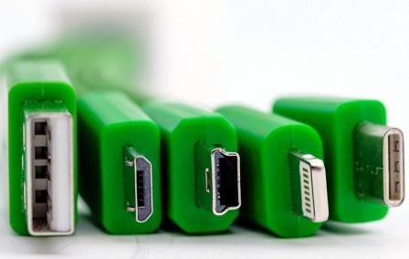 Un-cargador-universal,-cables-que-pueden-sustituir-al--lightning-