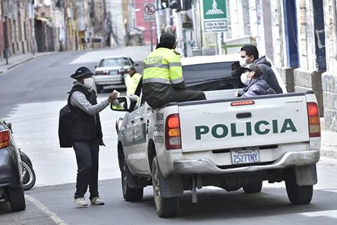 Auto-de-Buen-Gobierno-en-La-Paz-y-Oruro-y-Cochabamba-garantizan-la-atencion-en-salud-y-alimentos
