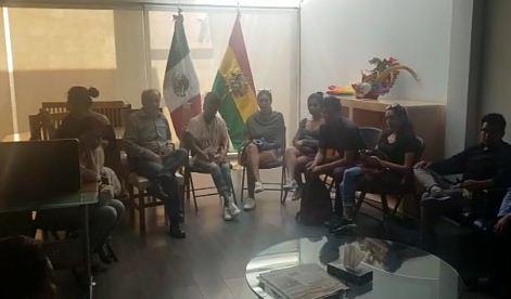 94-bolivianos-en-Mexico-claman-su-retorno-a-Bolivia