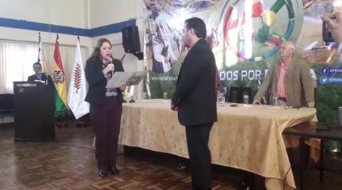 Posesionan-a-Manuel-Alejandro-Machicao-como-director-nacional-del-INRA