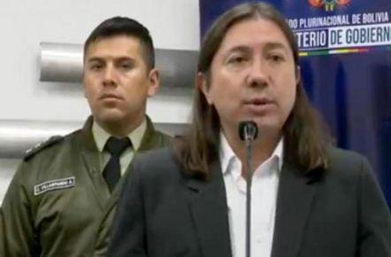 Migracion-afirma-que-las-300-personas-que-intentan-ingresar-al-pais-desde-Chile-son-pagadas-por-el-MAS