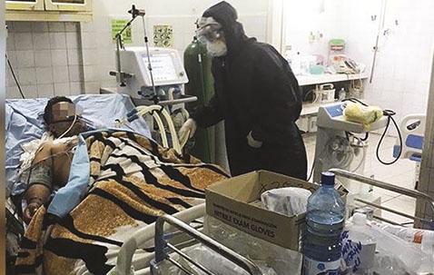 Alcalde-afirma-que-medicos-propagaron-el-virus-porque-no-sabian-que-estaban-infectados