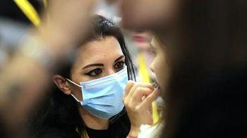 Dermatologos-advierten-que-cosmeticos-ayudan-a-expandir-el-COVID-19