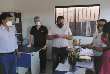 Ingresan-consultorio-movil-para-el-penal-de-Palmasola