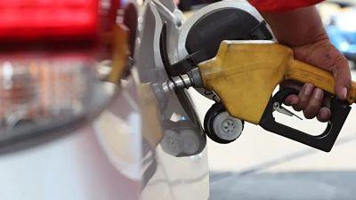 Vehiculos-que-no-tienen-permiso-de-circulacion-no-podran-cargar-combustible