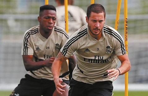 Real-Madrid-busca-acercarse-al-lider-Barsa-que-goleo-al-Mallorca