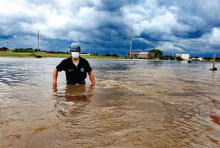 Temporal-de-lluvia-e-inundaciones-en-Santa-Cruz-provoca-tres-muertes
