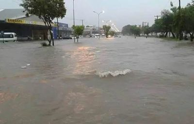 Servicios-de-emergencia-reportan-mas-de-100-llamadas-por-inundaciones-en-Santa-Cruz
