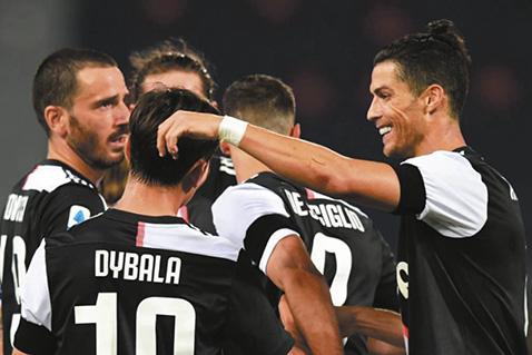 Juventus-vuelve-a-sonreir-tras-vencer-a-Bologna-y-asegurar-la-cima