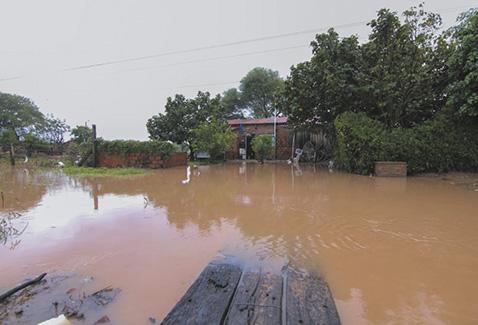 400-familias-damnificadas-por-inundaciones-en-Puerto-Pailas