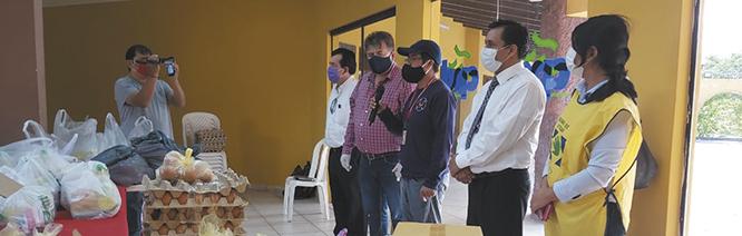 La-solidaridad-contagia,-periodistas-reciben-bolsa-alimentaria