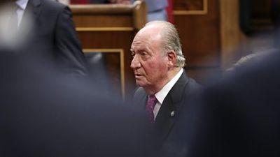 Crece-el-escandalo:-el-rey-Juan-Carlos-I-retiraba-dinero-de-Suiza-para-pagar-gastos-no-declarados