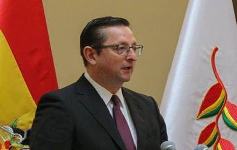 Ministro-Ortiz-fue-llevado-a-terapia-intensiva,-tras-presentar-dificultades-respiratorias