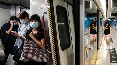 Hong-Kong-en-alerta-ante-mas-de-60-casos,-la-mayoria-locales
