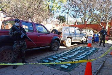 Encuentran-48-kilos-de-marihuana-en-Monteagudo