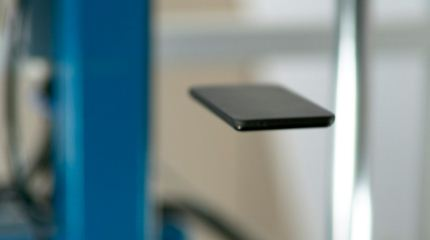 La-nueva-generacion-de-celulares-podra-soportar-caidas-de-hasta-dos-metros-de-altura