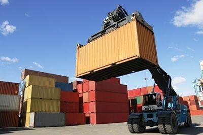 Las-exportaciones-caen-en-26%-e-importaciones-en-35%-en-el-primer-semestre-del-ano