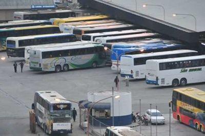Terminal-de-buses-de-Cochabamba-cierra-sus-puertas-por-bloqueo-de-boleteros