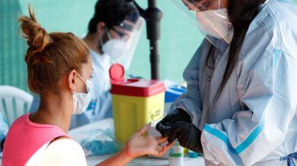 Italia-empieza-a-probar-una-vacuna-contra-el-coronavirus-en-voluntarios