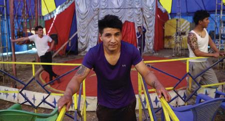 El-coronavirus-no-mata-la-pasion-por-el-circo--en-Bolivia