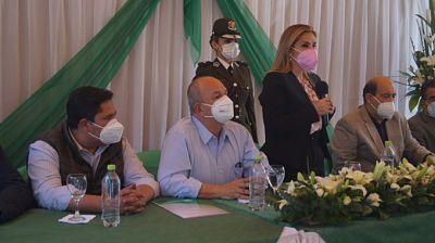 Ánez-inaugura-sala-COVID-de-la-Caja-Petrolera-y-pide-unidad-para-enfrentar-la-pandemia