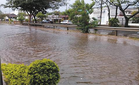 Precipitaciones-afectan-a-los-barrios-de-Santa-Cruz