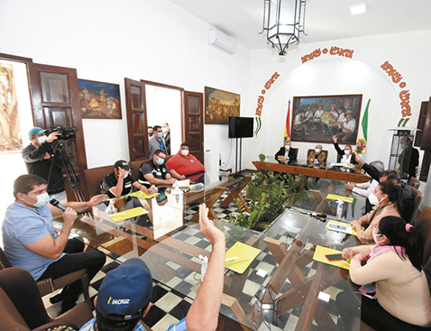 Alcaldias-de-la-region-Metropolitana-se-declararon-en-emergencia