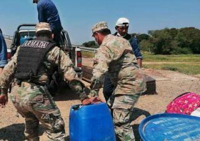 Decomisaron-900-litros-de-combustible-que-eran-transportados-ilegalmente-en-el-rio-Tijamuchi