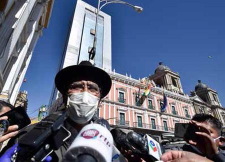 Piden-investigar-a-excanciller-por-inmueble-en-Argentina
