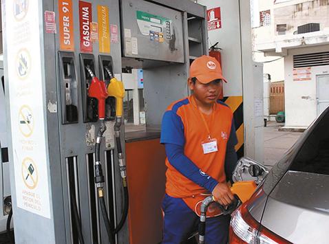 Compra-de-combustibles-y-lubricantes-cae-en-68-%-