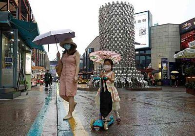 Disminuyen-los-nuevos-contagios-en-la-China-continental-y-en-Hong-Kong