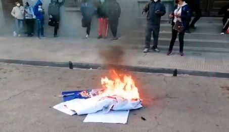 El-MAS-anuncia-demanda-penal-tras-incidentes-contra-su-caravana-en-Potosi
