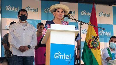 Presidenta-Ánez-inaugura-la-fibra-optica-de-Entel-en-el-municipio-cruceno-de-Porongo